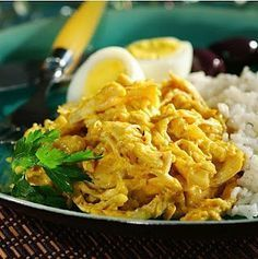 I adore Peruvian food. This dish (chicken) is called Aji de gallina and is my favorite main dish. Don't speak Spanish...use an online translator to understand the recipe and ingredients. It is worth the extra effort. Yum!