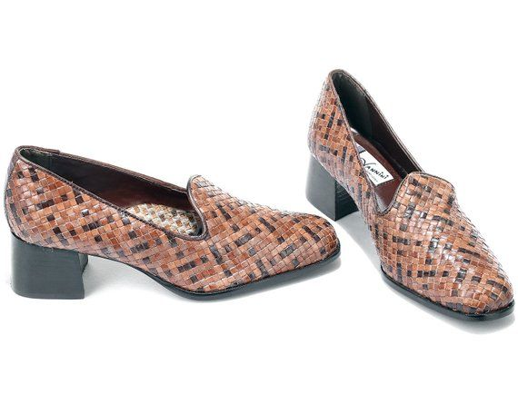 98c1e765a6c US women 8.5 Woven Shoes Block Heel Brown Vintage Shoes Made in Brazil 80s  Loafer Heels Bohemian Braided Leather Retro Heels . EUR 39 UK 6