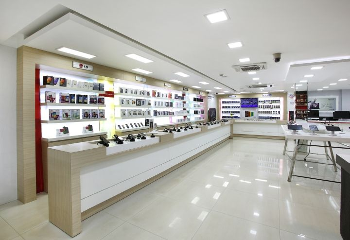 Channel 9 By Four Dimensions Retail Design Bangalore India Retail Design Blog Proyecto 1
