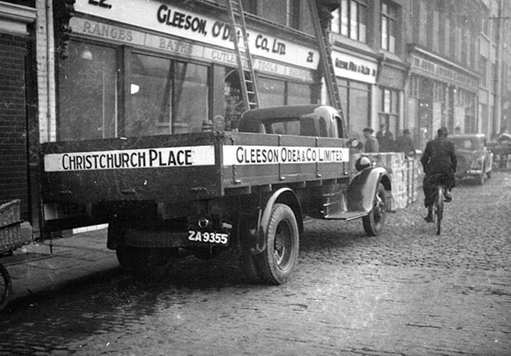Christchurch Place, Dublin 1931 where Jurys Hotel now stands.