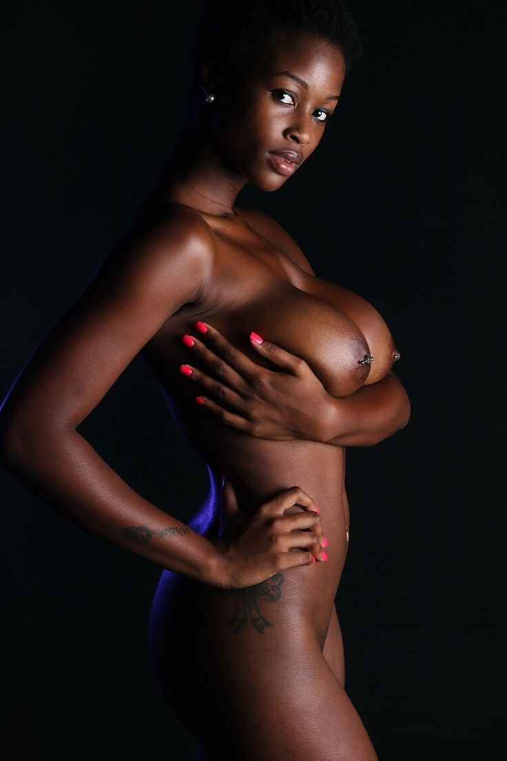 Dark skinned black women big breasts — pic 8
