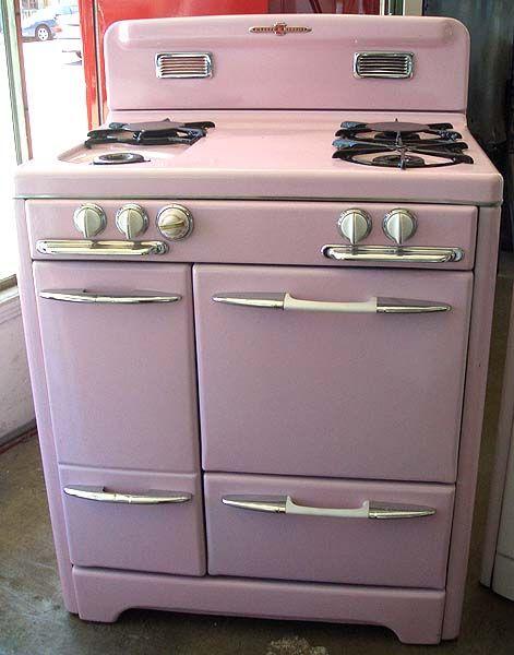 Pink 1940's O'Keefe & Merritt Stove