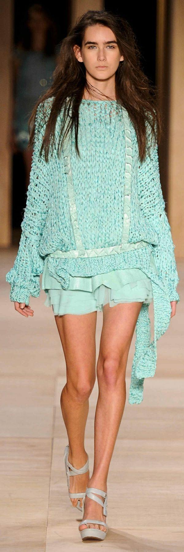 winterpullover damen mintgrün leder schiffon designer mode