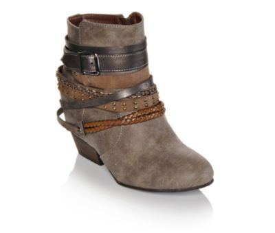 Make 'em do a double take in western-style booties with cool cowgirl accents. #countrygirl