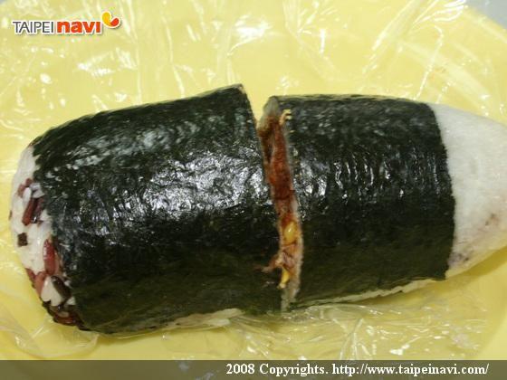 台湾のオニギリ「飯団」を斬る! おにぎり 朝ごはん 屋台 飯団 おかゆ 旅行観光