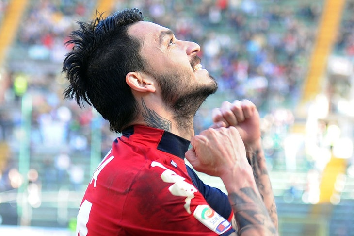 Cagliari beat a toothless Inter side in Trieste, Mauricio Pinilla coming off the bench to put the Nerazzuri defence to the sword.