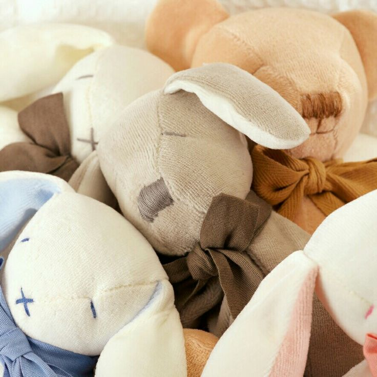 Sunday mornings are for sleep-ins. All our toys are still fast asleep. For your own organic cuddly friend: www.maudnlil.com.au ❤️🐰🐻🐶