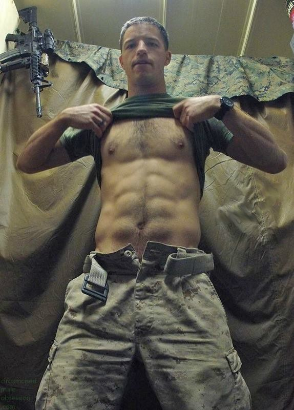 gay-adult-males-fuck-military-ivy-black-fucking