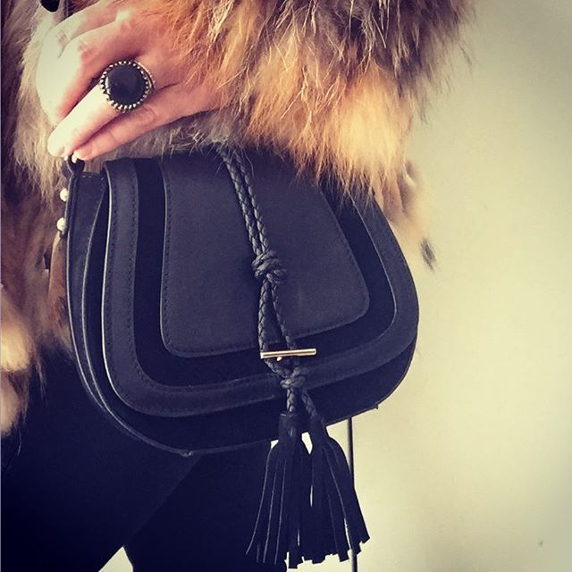 If you only buy one thing make it a little black bag. Let this Harriet Saddle Bag swing alongside everything from denim and tees to day dresses. Shop it via link in bio #luxestyle #shopbags #handbags #handbagdesigner #bags #saddlebag #fashion #love #chic #aspen #lessismore #everydaycarry #everydaystyle #boho #boholuxe #rockchick #musthave #accessories #accessoriesoftheday