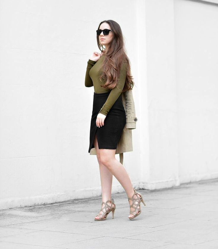 Blogger @uptownstyleblog looks incredible in Redefined Khaki. How would you style our stilettos?