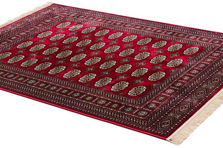Härlig röd Bochara matta från nymatta.se
