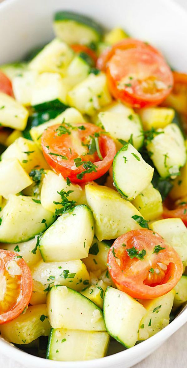 Garlic Herb Sauteed Zucchini and Squash – the healthiest and freshest side dish EVER with zucchini and squash, sauteed with garlic herb butter | rasamalaysia.com