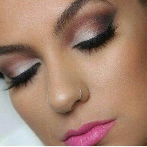 A Importância da Sombra Castanha https://urbanglamourous.wordpress.com/…/a-importancia-da-s…/ #Beauty, #Beleza, #brown, #castanha, #Cosmetics, #eyeshadow, #MakeUp, #Maquilhagem, #Sombra