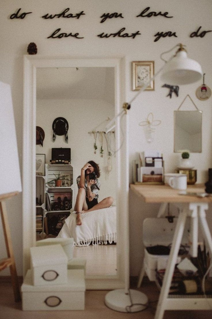 Dorm Room Furniture: 10 Dorm Room Trends This Year To Give Your College Pad A