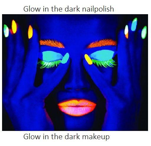 http://www.glowspecialist.nl/contents/nl/d136_Glow_in_the_dark_-_Makeup___Schmink.htm