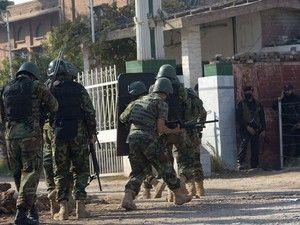 Os três atacantes também foram abatidos. Ataque foi reivindicado pelo grupo talibã Tehrik-e-Taliban Pakistan http://expresso.sapo.pt/internacional/2017-12-01-Paquistao-Pelo-menos-9-mortos-e-36-feridos-em-ataque-em-universidade