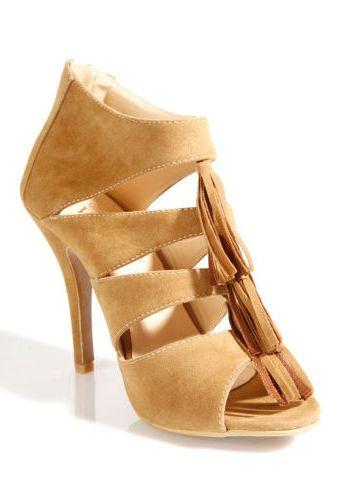 Boty na podpatku #ModinoCZ #sandals #shoes #fashion #bezova #sandaly #podpatky #boty #beige