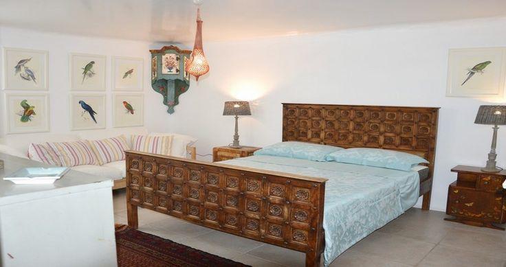 "Discover Villa ""Casa Bianca"", Kea, Greece ! You can rent it ! #luxury #villa #rent #holidays #greece #vacances #grece #alouer #aroomwithaview #sea #bedroom #decoration #swimmingpool #beautiful #sunset #luxuryvilla"