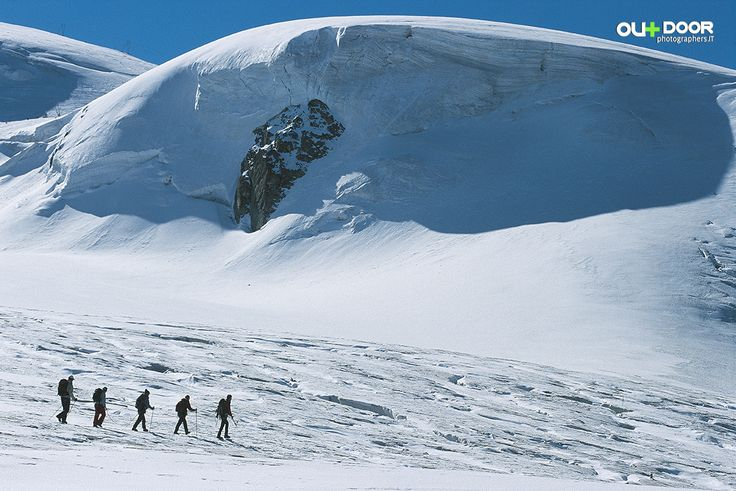 Fotografia: l'uomo al centro del suo tempo. cervinia_trekking_ghiacciaio_ph. Paolo_Meitre_Libertini_fotoreporter