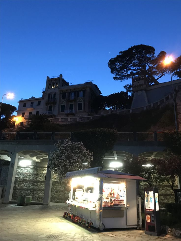 Celle Ligure di notte