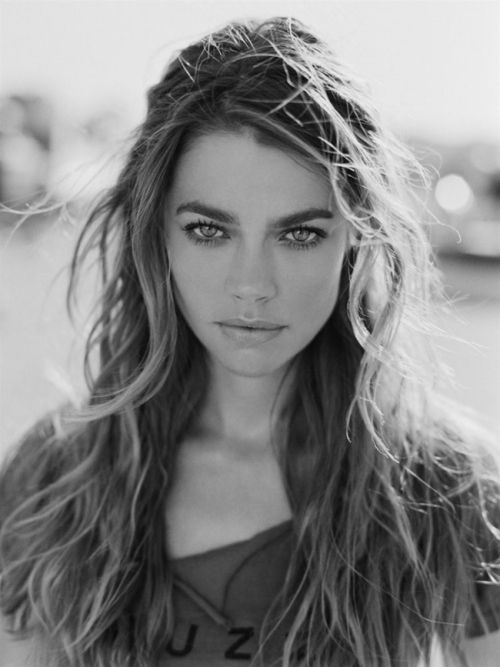 Denise Richards beachy waves *
