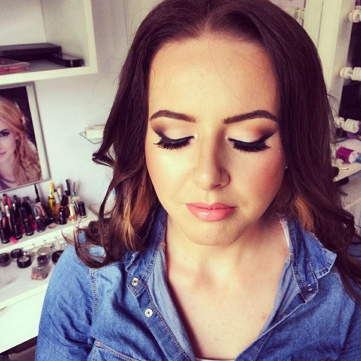 makeup artist resume%0A Denisa Druma  Makeup Artist