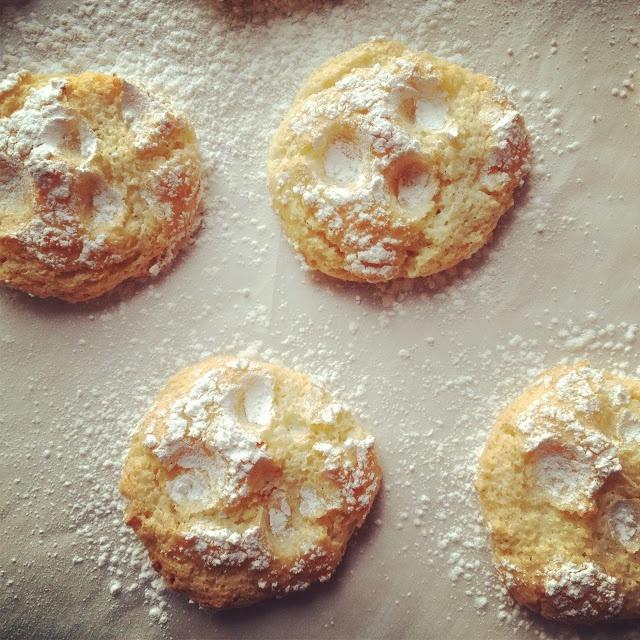 Vanilla Almond Orange Cloud Cookies | Cookies, Bars and Treats ...