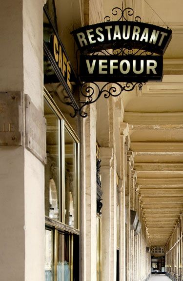Restaurant le Grand Vefour - 17 rue du Beaujolais, 1e (one of the first restaurants in Paris, opened in 1784, Napoléon Bonaparte ate here)