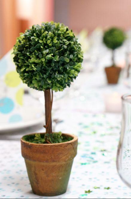 Petit buis de décoration de table Mesa Bella. Parfait pour les tables de communion, baptême, Pâques www.mesabella.fr