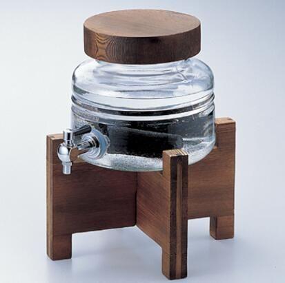 本格的な雰囲気で一杯飲めばいつもの焼酎が一段と美味しくなります。ガラス食器。焼酎三昧サーバー×1個入り【石塚 アデリア】