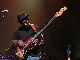 Marcus Miller. Jazz fusion bass extraordinnare