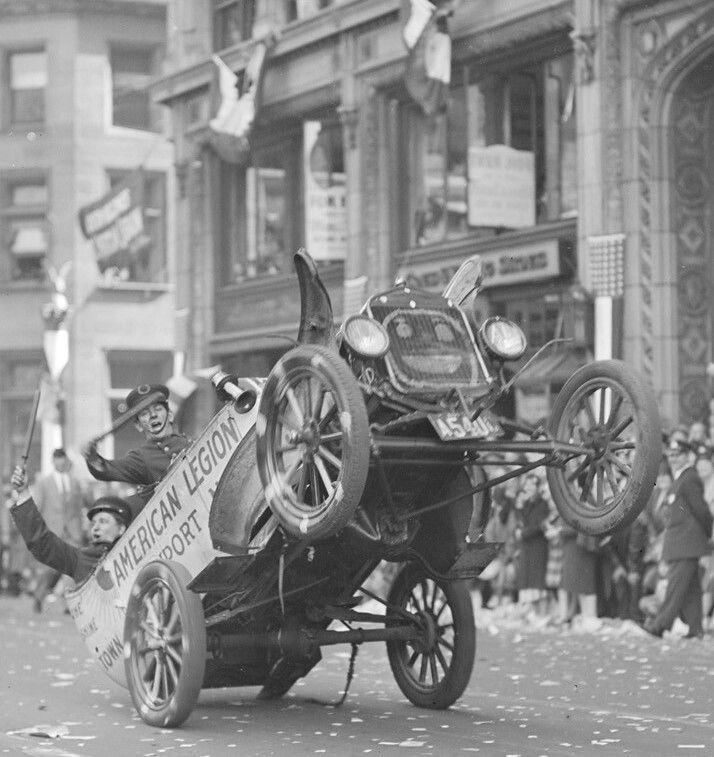 ボード「Classic Cars - befor1930」のピン