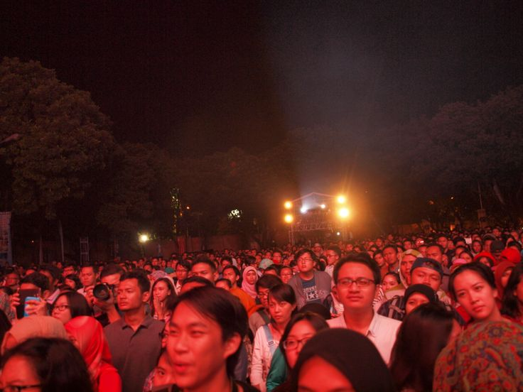 The crowd at Kampoeng Jazz