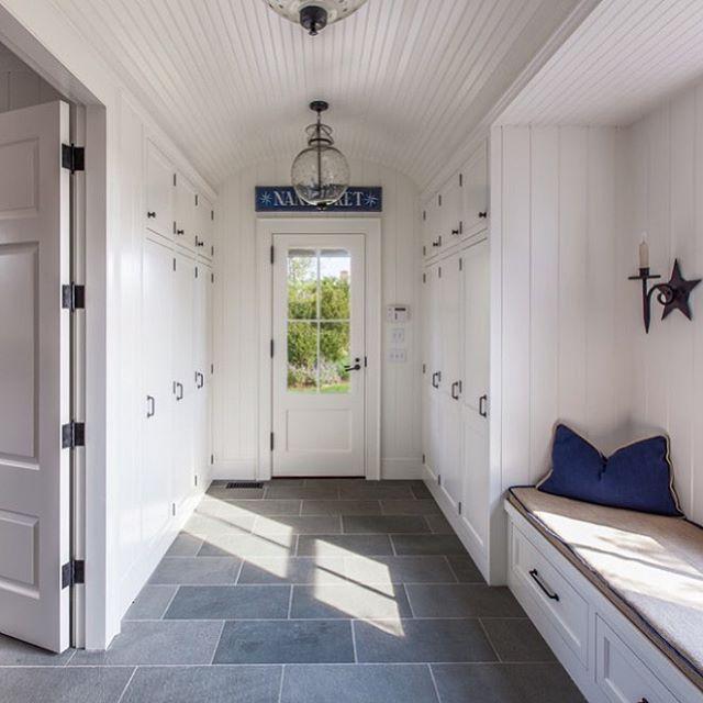Nautical Foyer Ideas : A simple but striking entryway mudroom jonathanraithinc