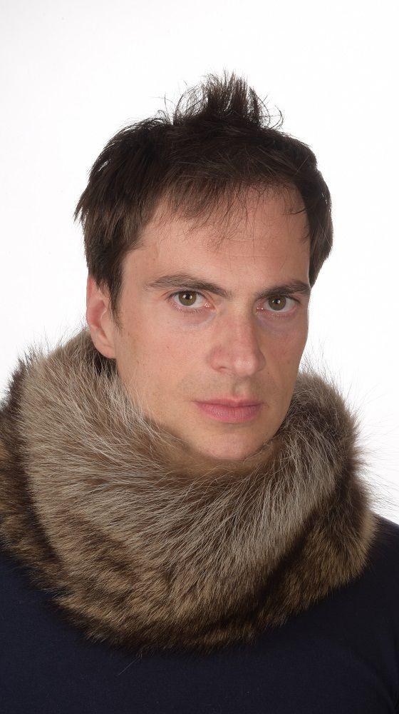 Scaldacollo in vera pelliccia unisex, per uomo e donna, in marmotta naturale. lavorato artigianalmente in Italia.   www.amifur.com