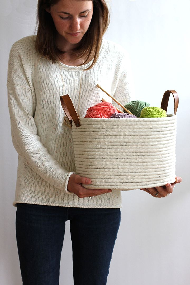 DIY No-Sew Rope Coil Basket / alice & lois - love this! Now I just need to figure out where to get cotton piping in Germany (and then I could knit that fluffy rug, too..)