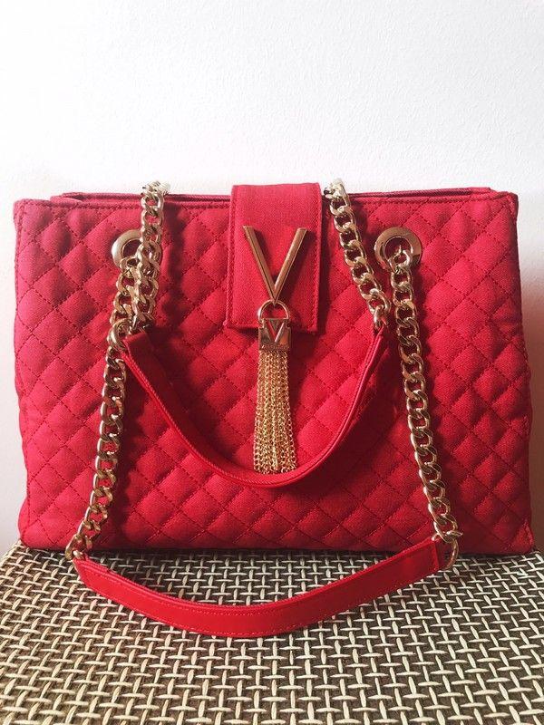 Valentino Tasche mit Ketten Blogger