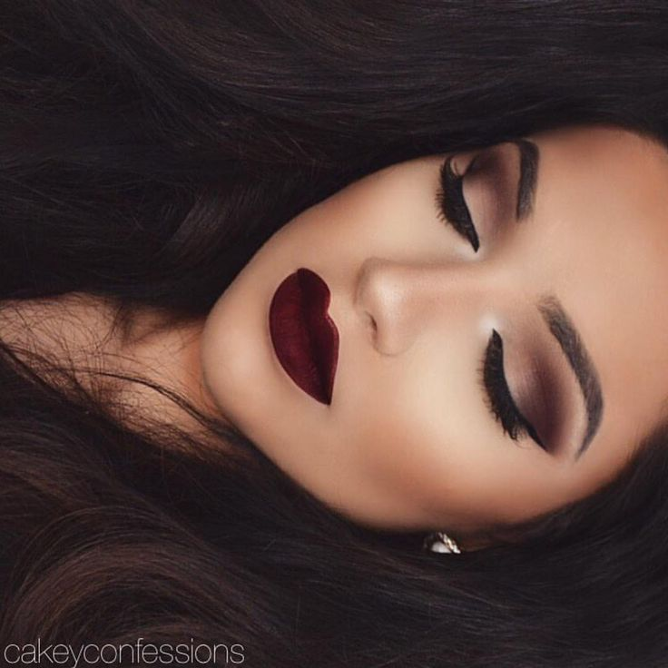 Wow! Flawless makeup  by @cakeyconfessions . Details  Eye details ✨ Fall smokey eyes using Motives Mavens Element palette motivescosmetics ✨  'Native' as transition (crease)  'Shell' inner lid  'Bordeaux' outer lid  'Truffle' outer V  'Birch' as highlight  LIPS: anastasiabeverlyhills Lipstick 'Heathers'✨ BROWS: Brow Wiz✨ LASHES: hudabeauty lashes Sophia .