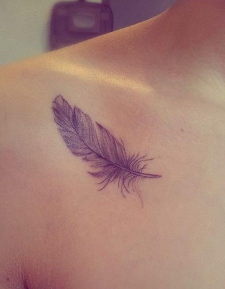 Tatouage plume qui vole - Tatouage plume : la légereté dans la peau - Elle