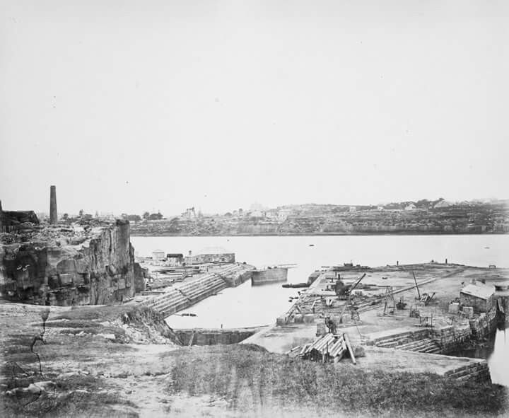 Fitzroy Dock at Cockatoo Island in 1869.