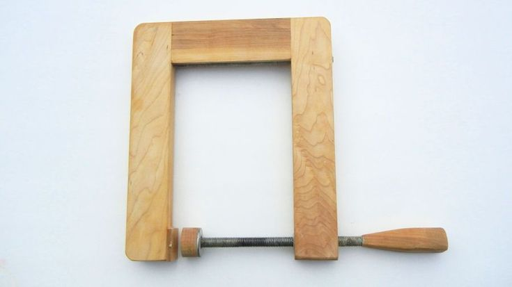 A good woodworking project that makes a good woodworking tool #WoodworkingTools
