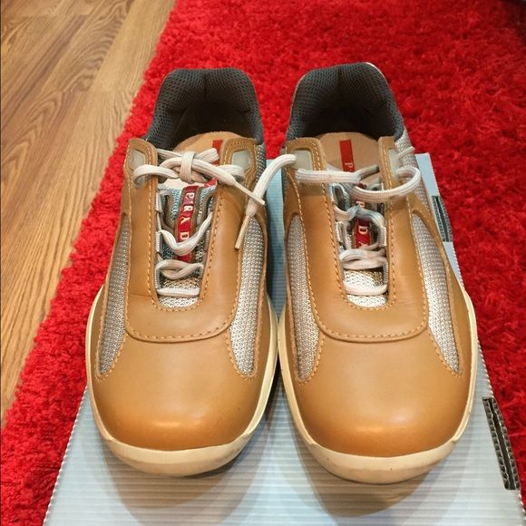 100% authentic Prada woman sneakers