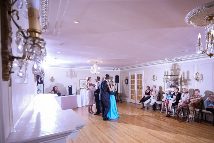 Carolin and Gord Married! | Burlington Wedding Photographers | Paletta Mansion