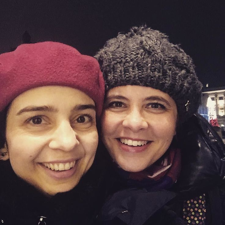 Nasz weekend powoli dobiega końca. Poprzednie wspólne selfie miałyśmy przy Pałacu Buckingham tym razem przy Pałacu Prezydenckim w Warszawie. Polacy nie mamy się czego wstydzić nasz kraj jest naprawdę piękny ;)