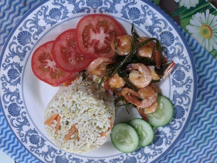 Veggies Fried Rice with Prawn