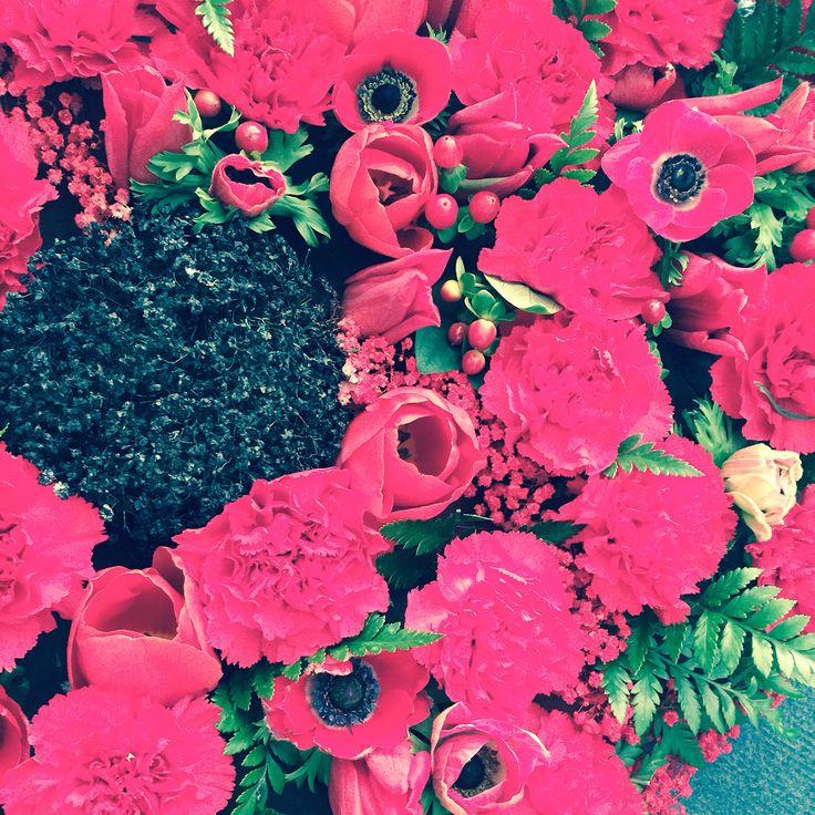 Lotty's flowers Kent, sympathy flowers.
