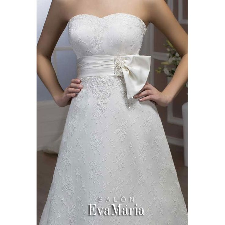 Svadobné krajkované šaty s mašľou Vesta