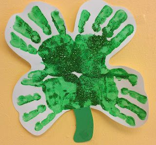 Great hand print craft for St Patrick's Day. I would add a circle of writing in the middle listing ways students are lucky.