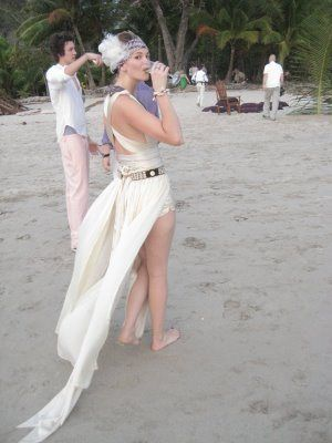 HOMEMADE wedding dresses pictures   Homemade Wedding Dress