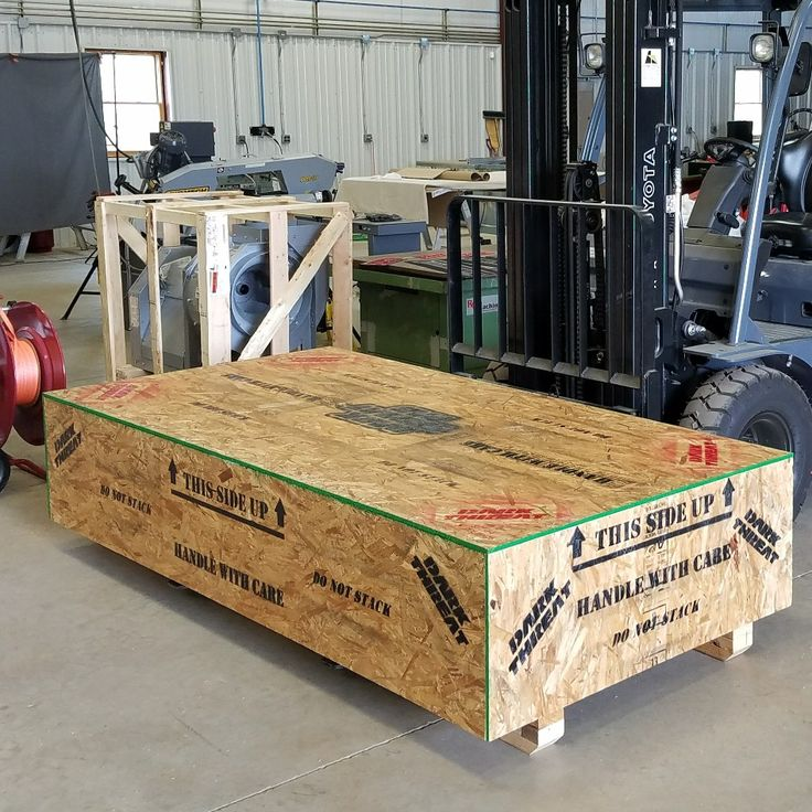 Now that's a big #crate ! We take pride in protecting your products in transit! Call us at 1-501-206-8079 or email us at sales@darkthreatfab.com to get your project started! ⬇⬇⬇⬇⬇⬇⬇⬇⬇⬇⬇ WWW.DARKTHREATFAB.COM #love #headacherack #grille #bumper  #bigtruck #bigrig #ram #steps #dodge #ford #f150 #f250 #f350 #f450 #chevy #cummins #duramax #sema #sema2017 #exhaust #lifted #exhauststacks #stacks #dumptruck #darkthreatfab #led #flash